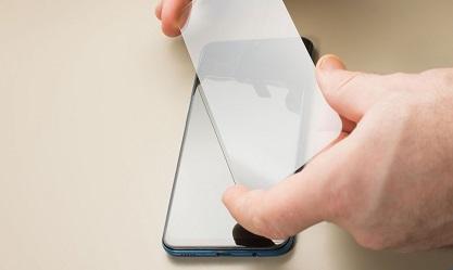 अपने मोबाइल में स्क्रीन गार्ड लगवाने से पहले ये जरुर जान ले